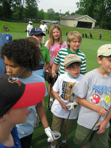 Kids of The First Tee Akron program learn to golf